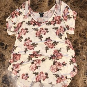 Beautiful floral, cold shoulder tee